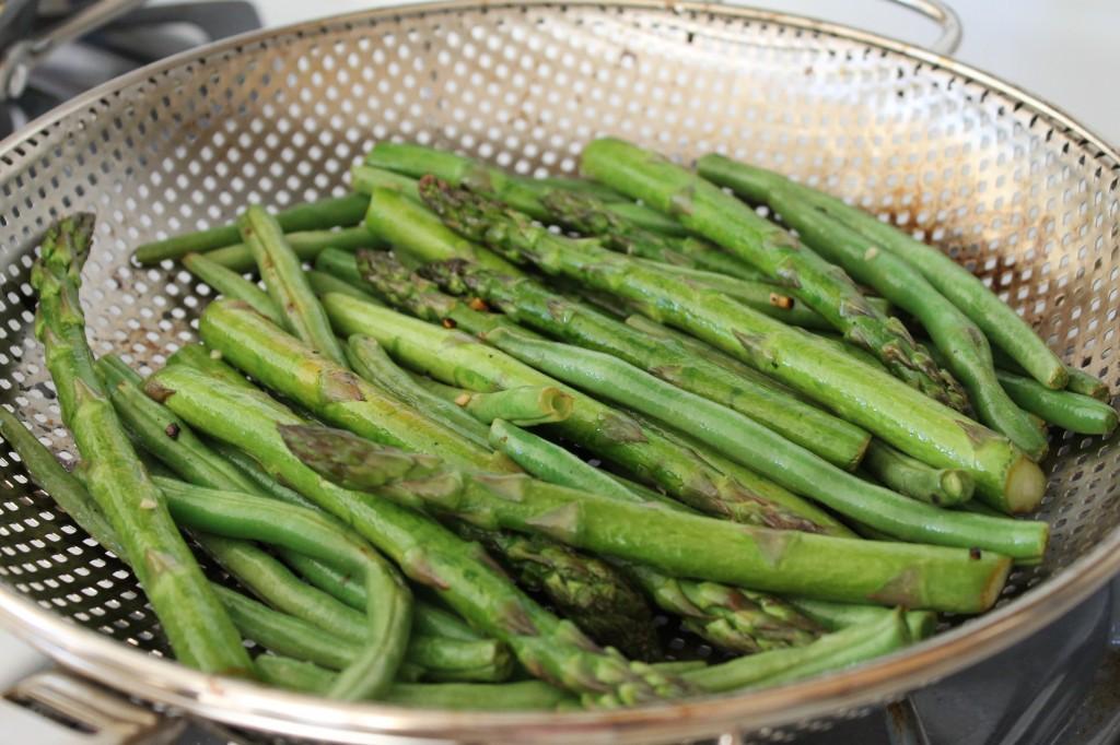 Gluten Free Summer BBQ sarahkayhoffman.com asparagus