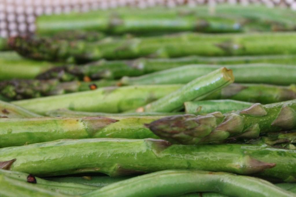 Gluten Free Summer BBQ sarahkayhoffman.com seasoned asparagus