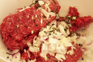 Organic Beef Burger Mixture for Organic Beef Burgers with Carmelized Shallots recipe via www.agutsygirl.com