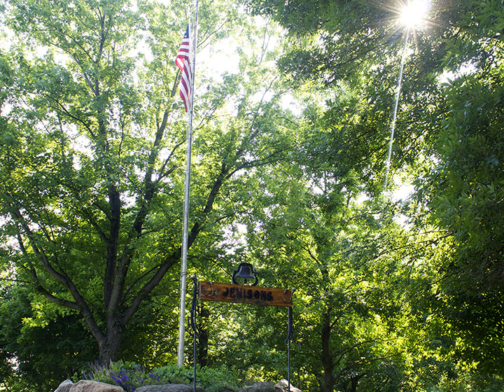 American Flag on the Farm via www.agutsygirl.com 4th of July, 2013