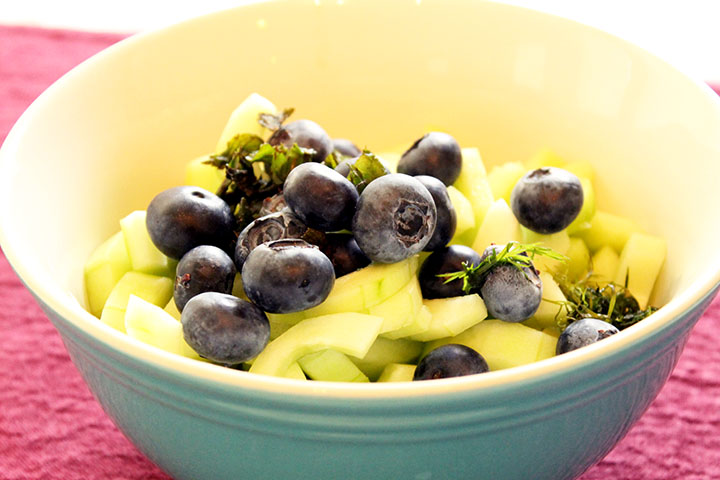 cucumber & blueberry summer salad with homemade blueberry vinaigrette #recipe via www.agutsygirl.com #glutenfree #grainfree #dairyfree