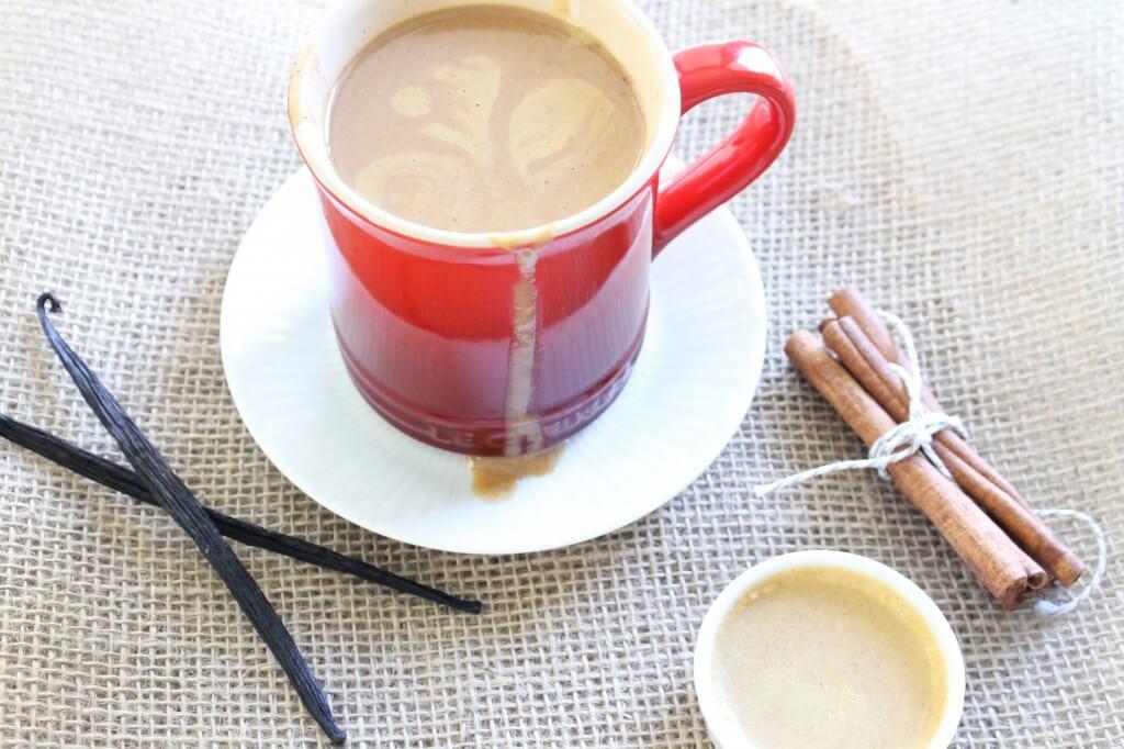 Make Your Own Pumpkin Spiced Latte sarahkayhoffman.com Fall Beverage Not Starbucks