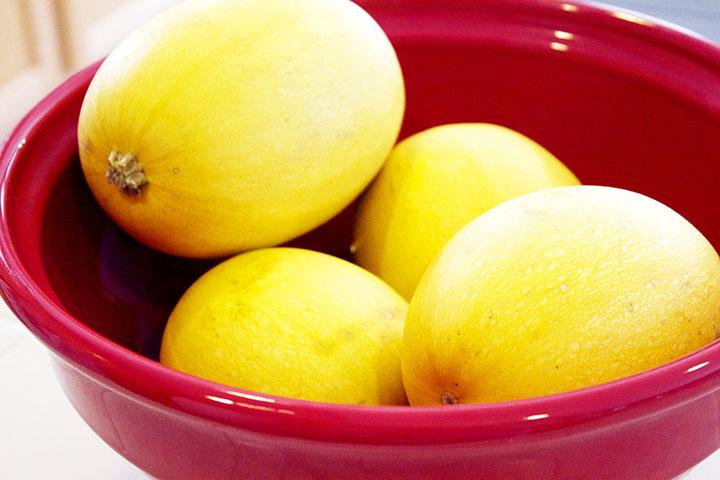 Spaghetti Squash Summer Fades to Fall. Strawberry and Thyme Slow-Cooked Spaghetti Squash via www.agutsygirl.com