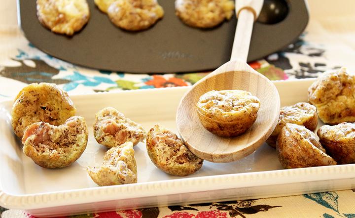 Let's eat. 4-Ingredient Mini Breakfast Poppers via www.agutsygirl.com