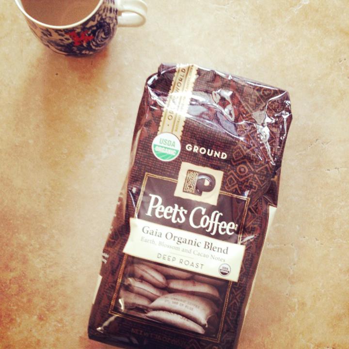 Organic Peets Coffee www.agutsygirl.com #unprocessed #NewYear