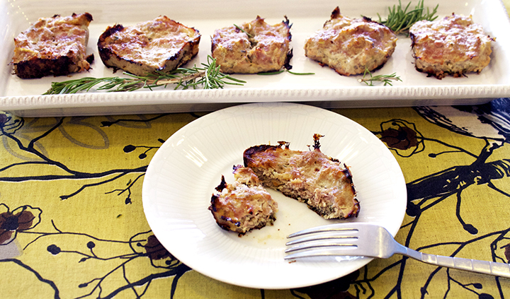 Recipe for Baked Breakfast Turkey Patties via www.agutsygirl.com