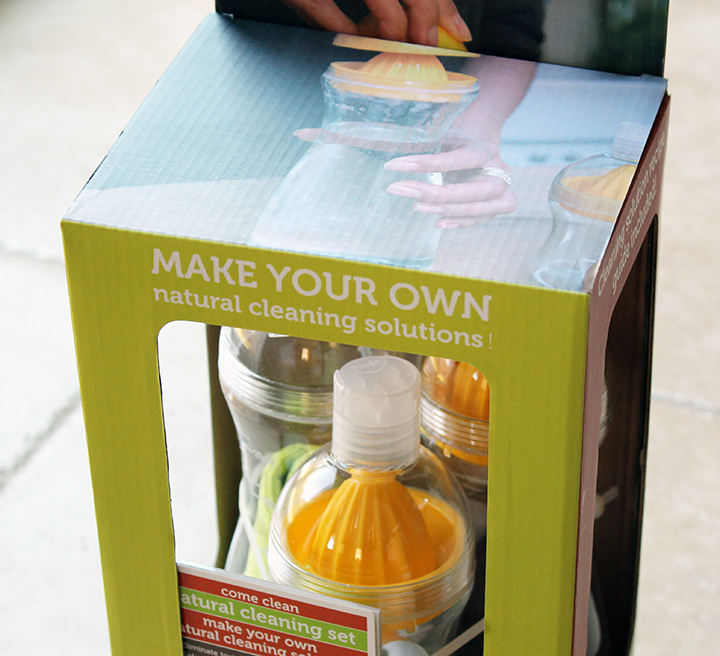 Make Your Own Natural Cleaning Solutions via www.agutsygirl.com #MightyNest