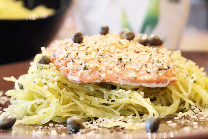 Lemon -Garlic Basil Spaghetti Squash with Wild Salmon agutsygirl.com