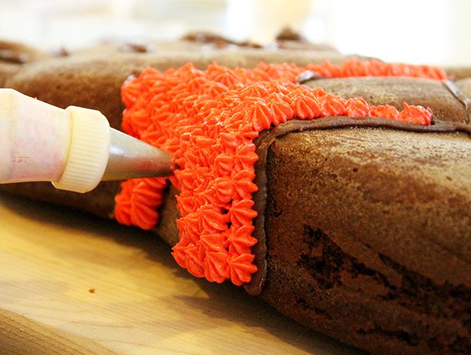Winnie the Poo Cake B agutsygirl.com