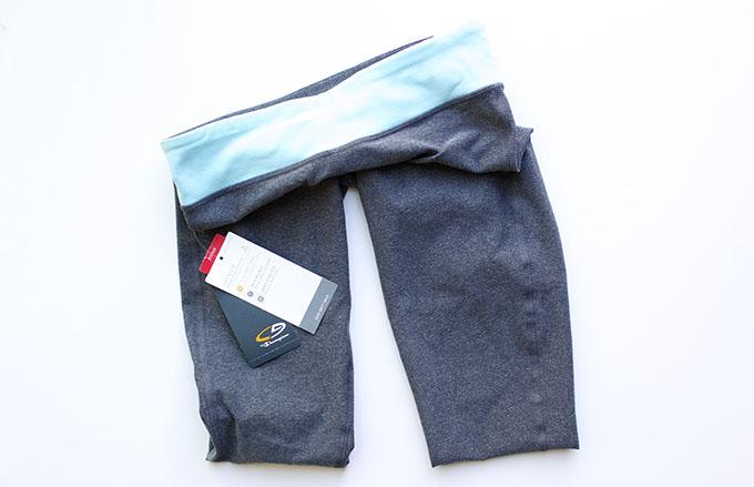 www.agutsygirl.com C9 by Champion® Women's Premium Reversible Capri Legging