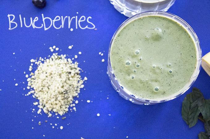 sarahkayhoffman.com Berry-licious Hemp Smoothie for 2 Close Glass + Hempseeds Nutiva Organic nutiva.com