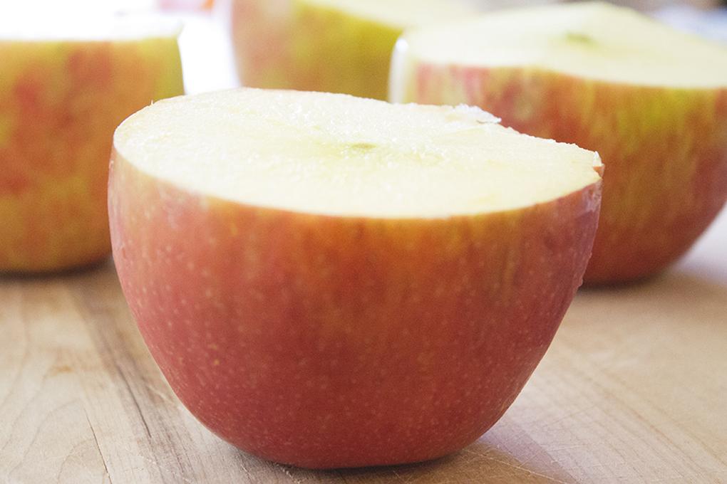 Baked Apple Stuffed Crumble gluten free, dairy free sarahkayhoffman.com Organic Apples