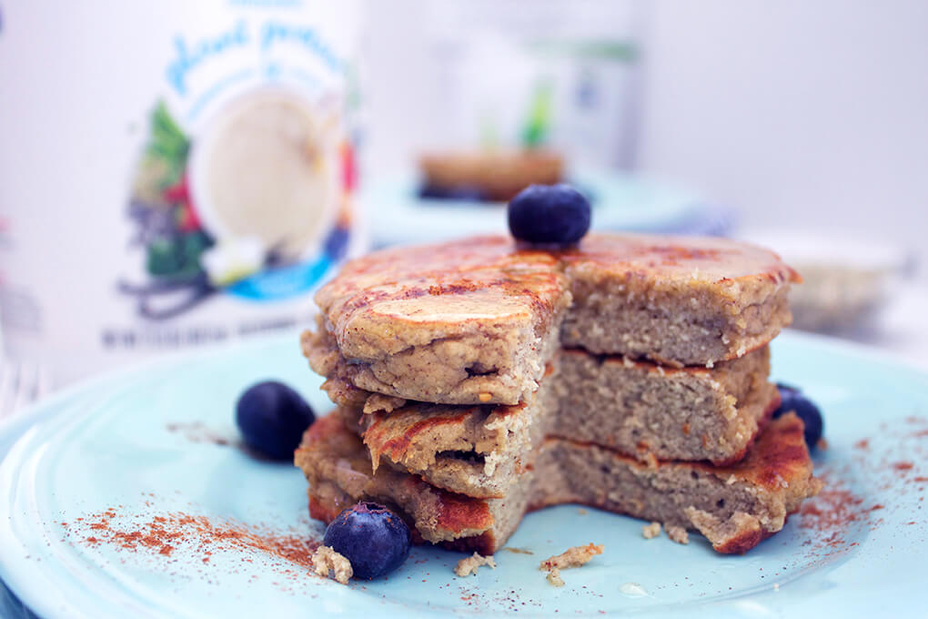 Power Foods for Spartan Training 3-Ingredient Protein Pancakes sarahkayhoffman.com