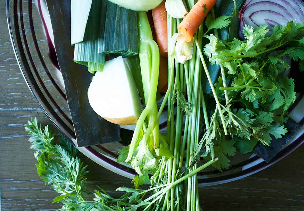 Helping is Healing 21 Things to Do During a Colitis Flare Up Bone Broth sarahkayhoffman.com