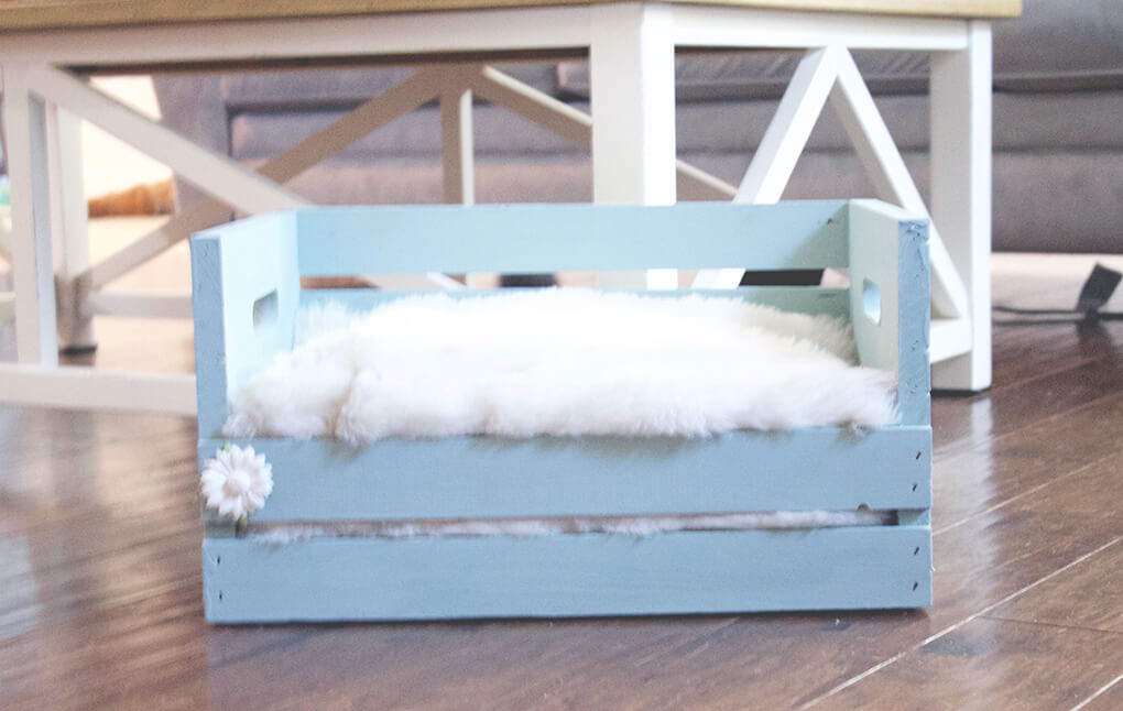 DIY Farmhouse Wooden Crate Bed for Puppy sarahkayhoffman.com Finished Crate