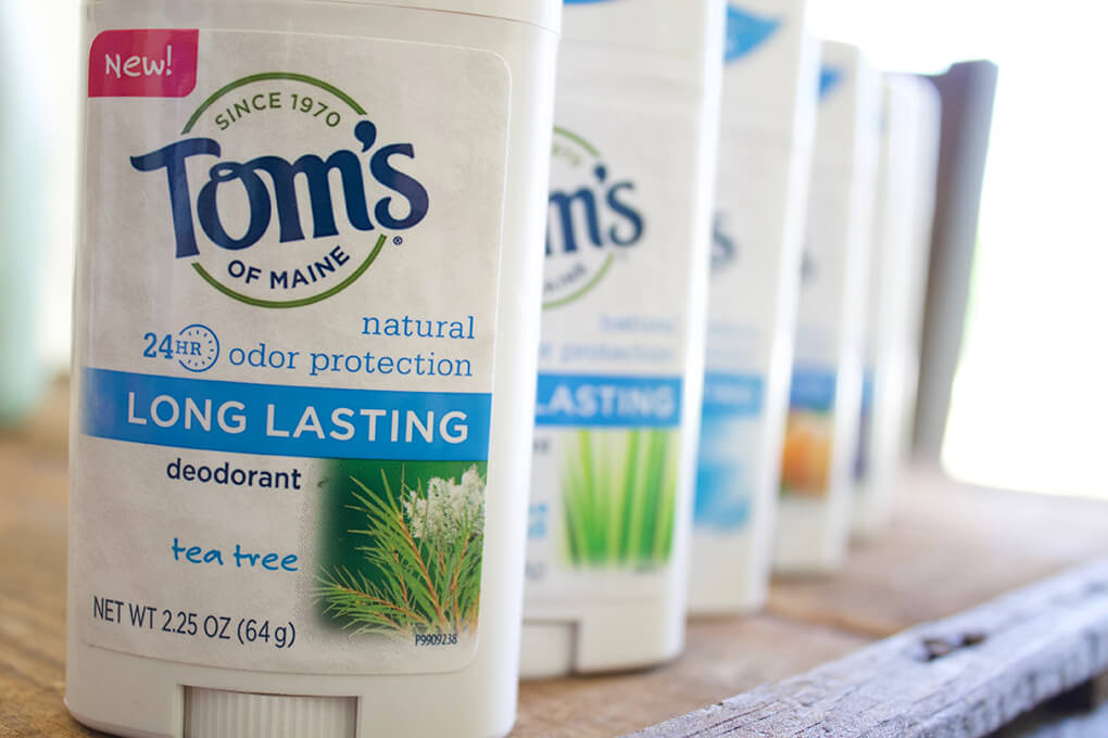 9 Things in My Summer Travel Bag sarahkayhoffman.com Tom's of Maine Long Lasting Deodorant Review