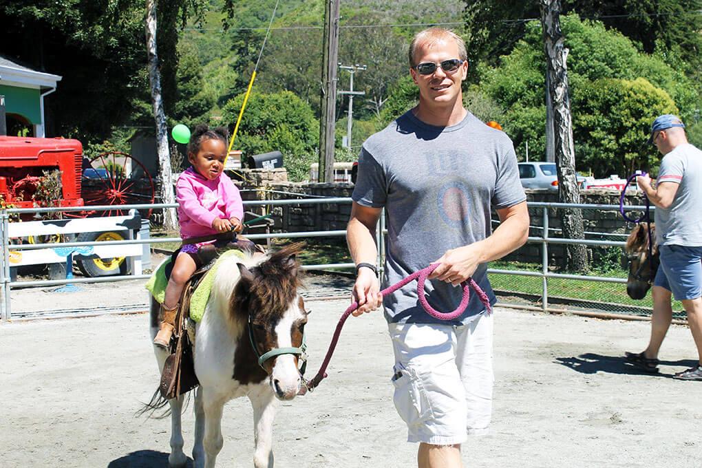 You Must Live Life sarahkayhoffman.com Samarah riding pony