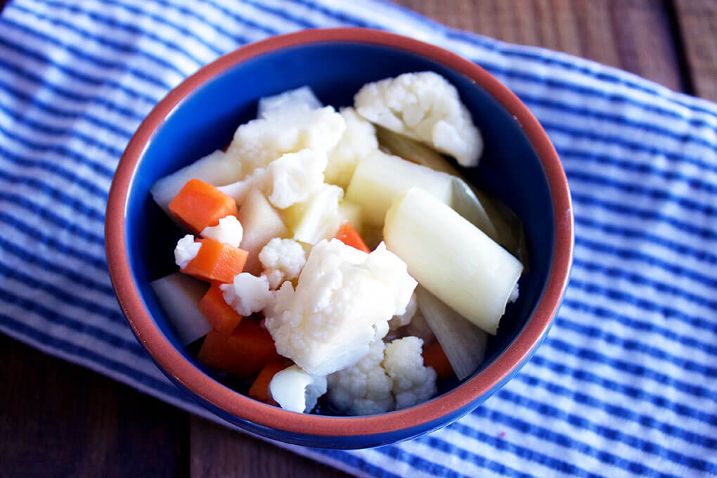 How to Easily Ferment Your Own Vegetables sarahkayhoffman.com Gut Healing Fermenting Vegetables Mortier Pilon