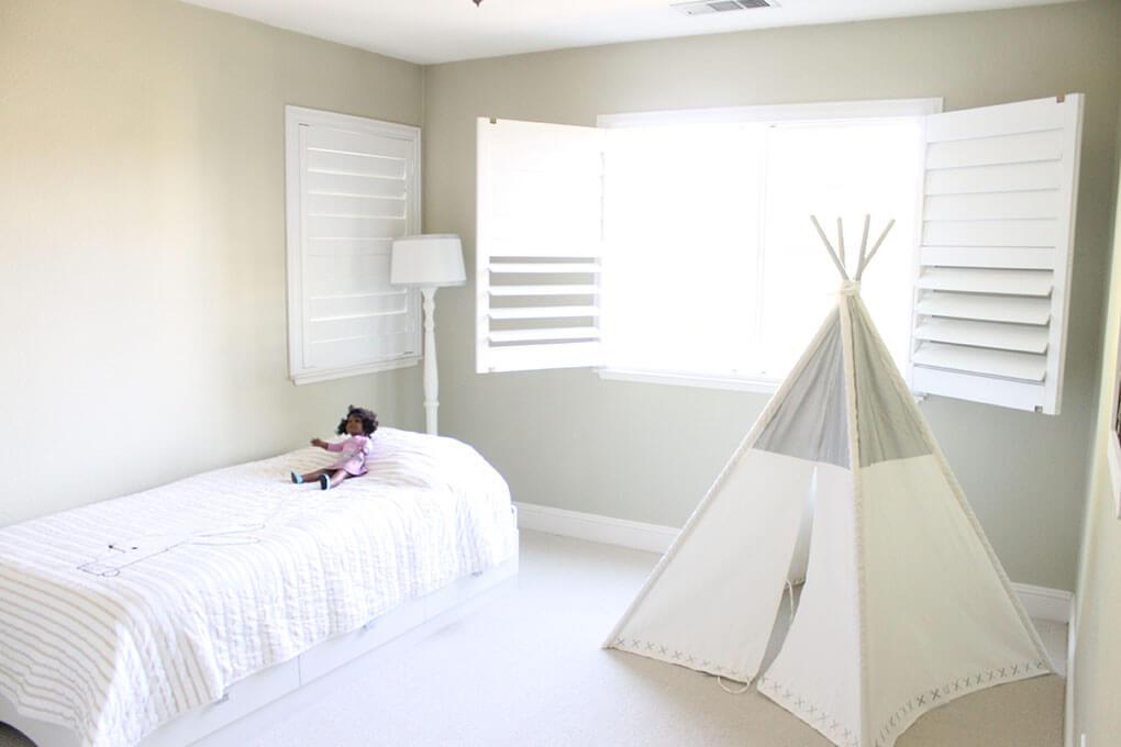 A Simple Toddler Room sarahkayhoffman.com Land of Nod