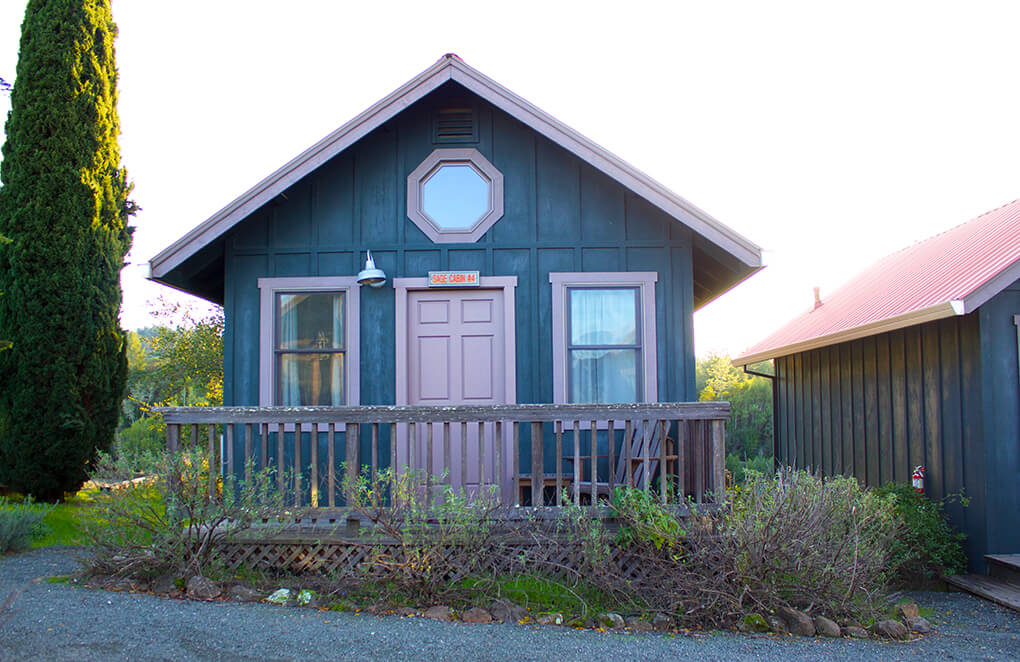 Mayacamas Ranch Retreat sarahkayhoffman.com Our Cabin Number 4