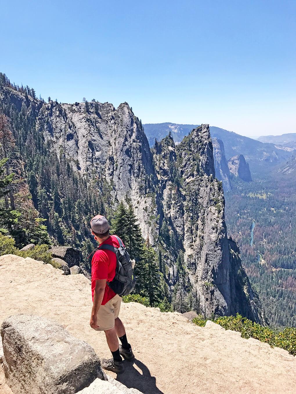 Hiking Yosemite sarahkayhoffman.com JJ 4-mile hike Glacier Point