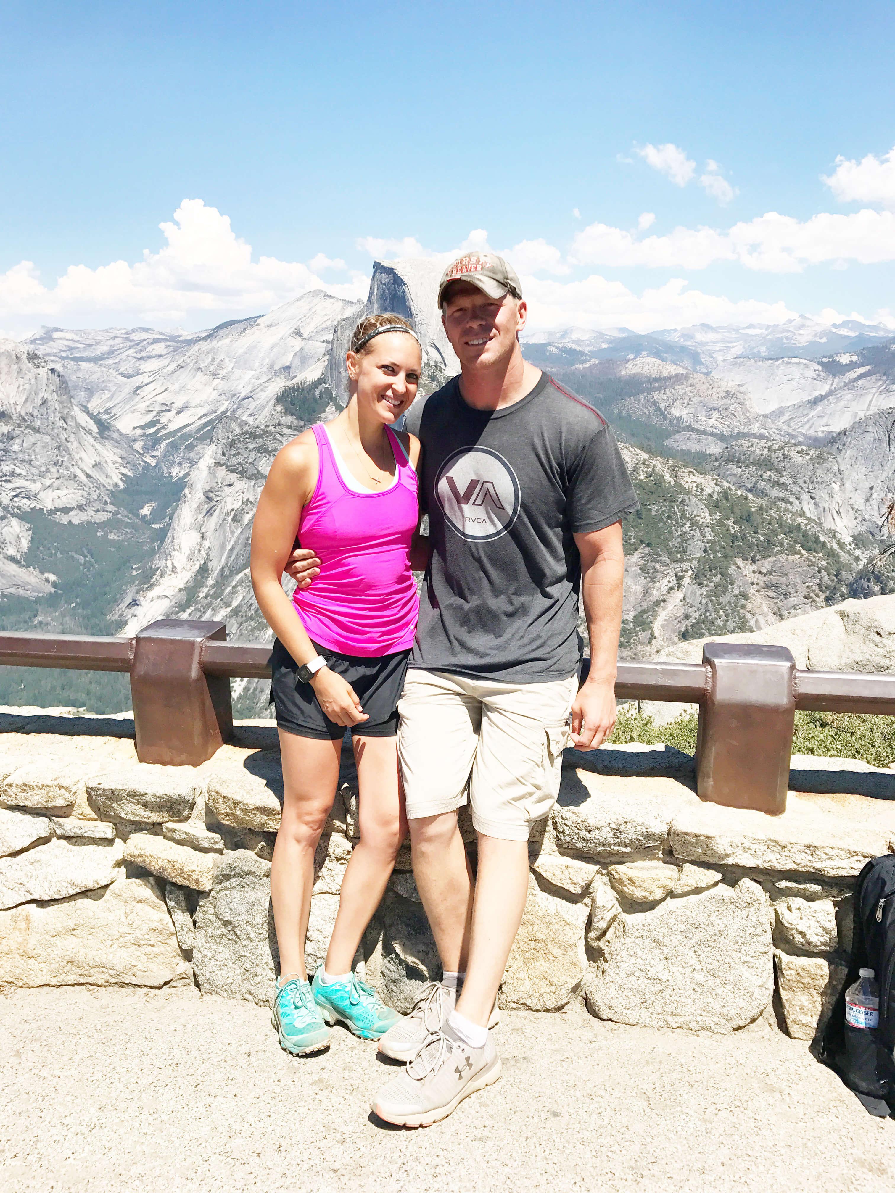 Hiking Yosemite sarahkayhoffman.com Ryan and SKH