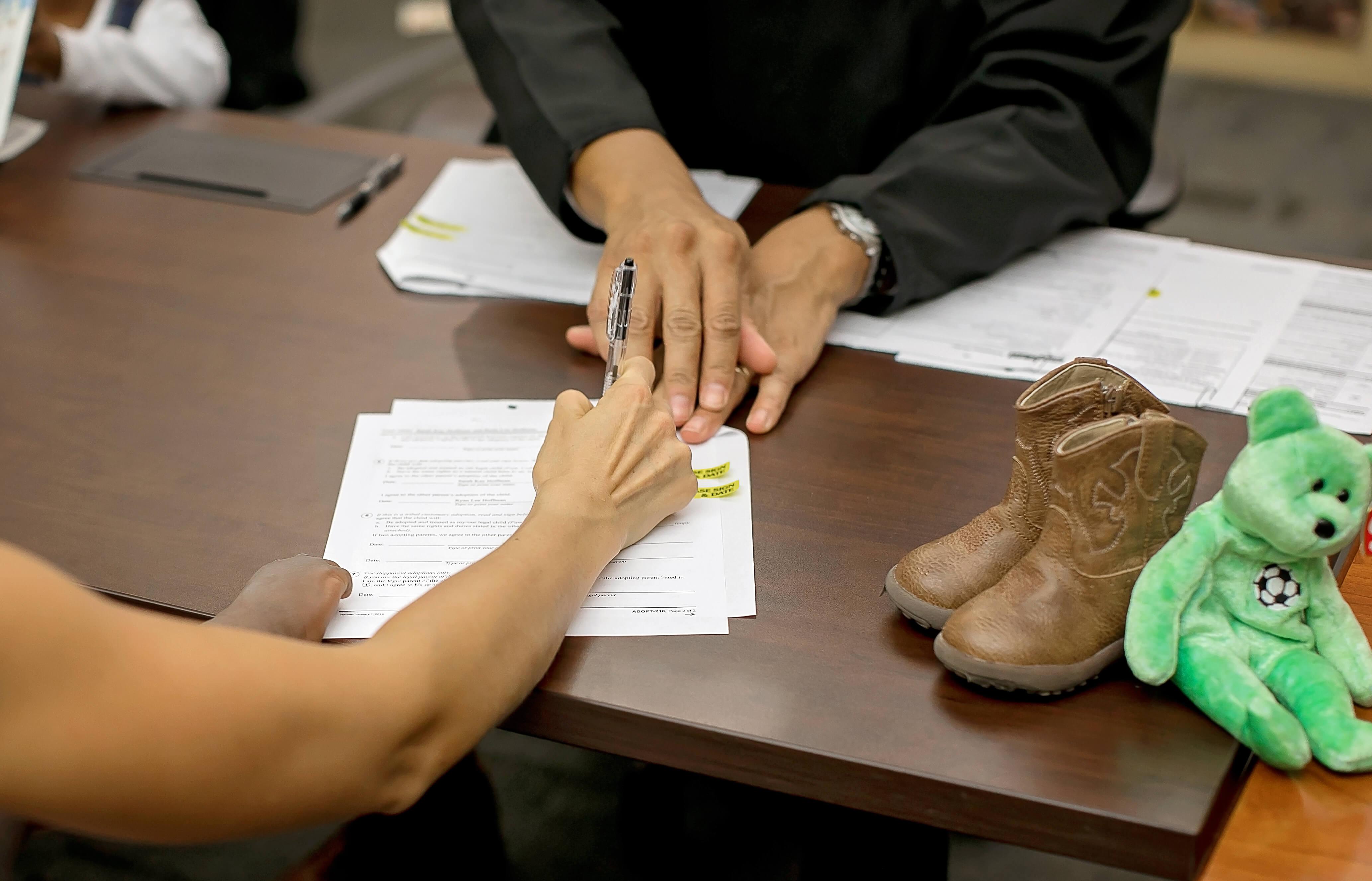 Meet Amiya Kaylee Hoffman sarahkayhoffman.com signing papers SKH judge hand