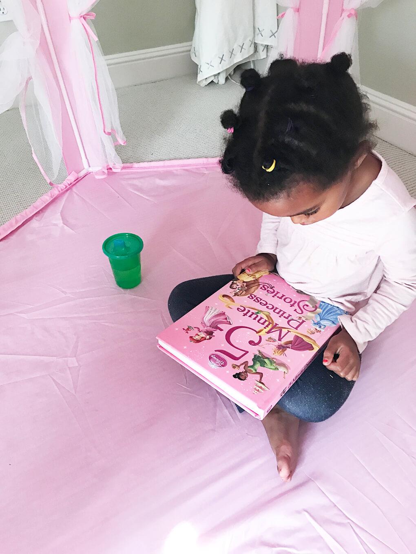 Her Favorite Disney Princess sarahkayhoffman.com 5-minute princess stories