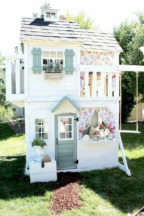 29 Holiday Gift Ideas for Babies and Toddlers sarahkayhoffman.com Dollhouse
