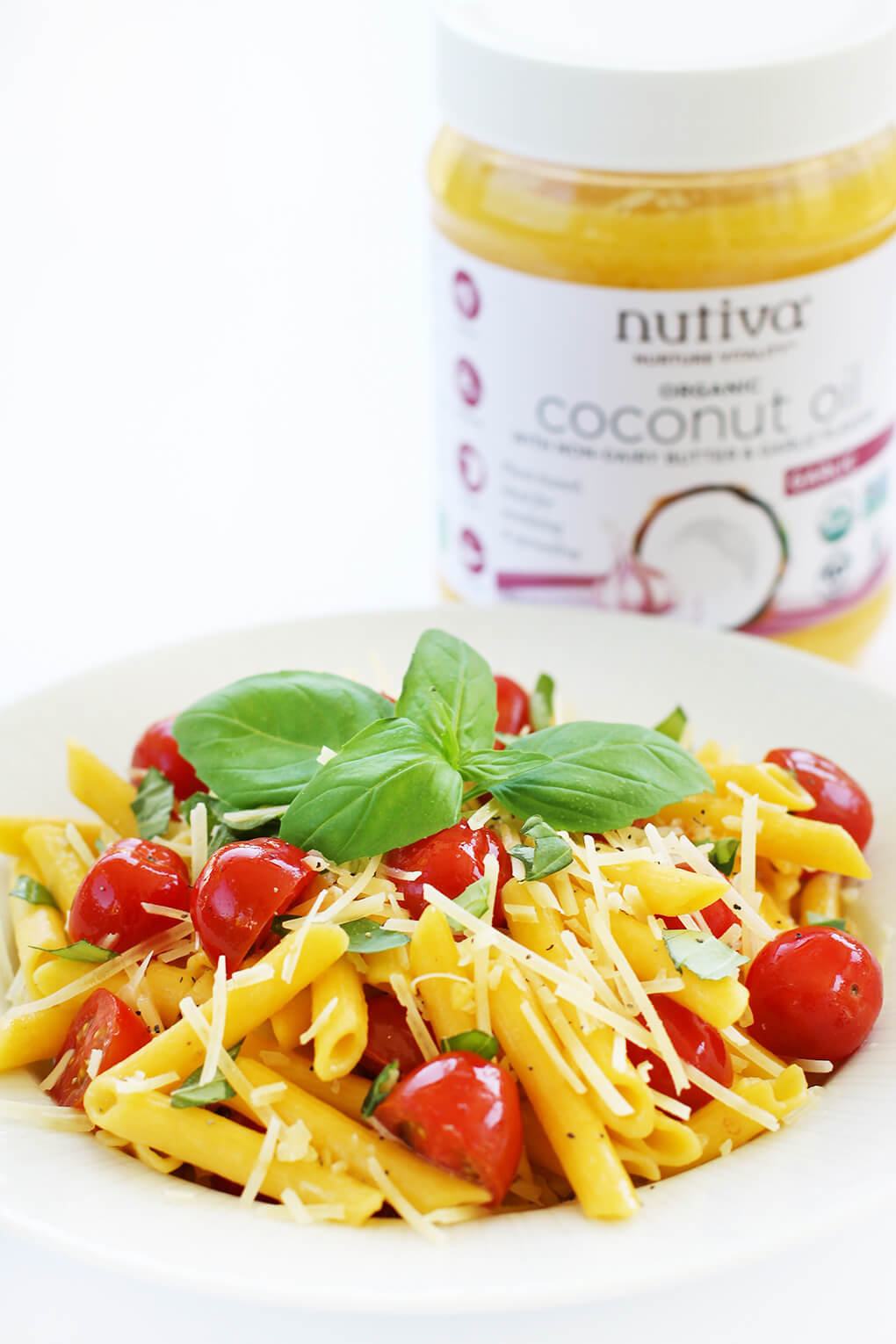 Gluten Free Recipe Roundup Six sarahkayhoffman.com Fresh Tomato Basil Penne Pasta Nutiva Nutiva Organic Buttery Coconut Oil with Non-Dairy Butter and Garlic Flavors