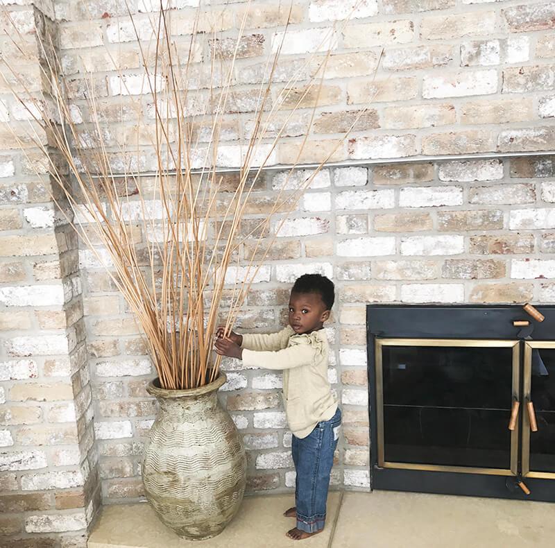 April 2018 Catch Up Over Bone Broth www.sarahkayhoffman.com Amiya 1 years old