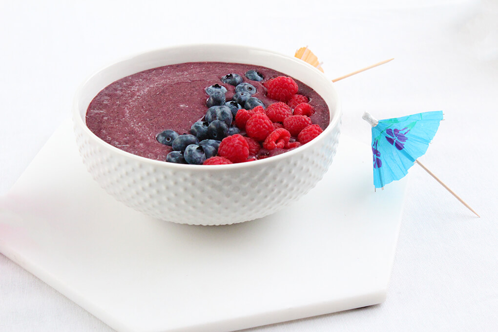 Top 13 Gut Healing Boosts for Smoothies www.sarahkayhoffman.com smoothie bowl