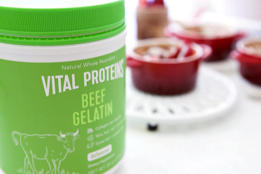 Strawberry Shortcake for One www.sarahkayhoffman.com #paleo #lowfodmap #healthyliving #recipe Gelatin Vital Proteins
