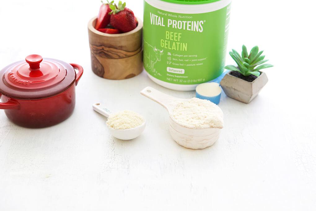 Strawberry Shortcake for One www.sarahkayhoffman.com #paleo #lowfodmap #healthyliving #recipe Vital Proteins Beef Gelatin