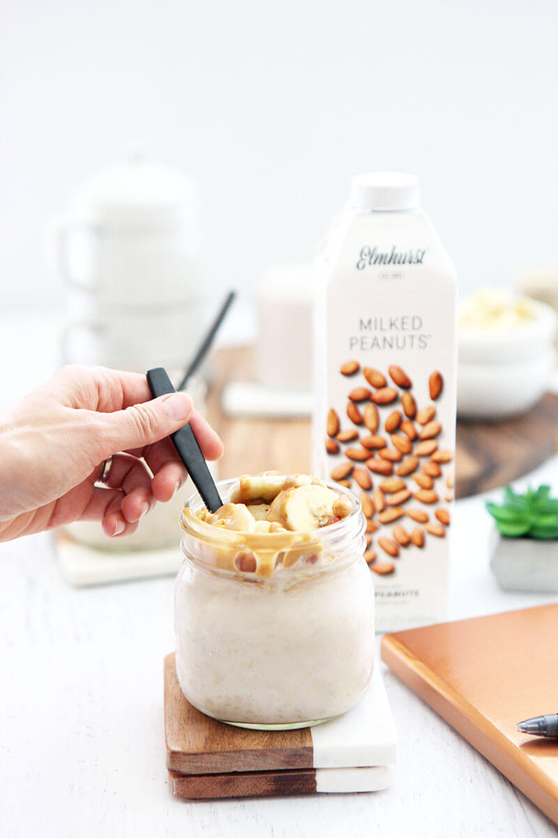 Gluten Free Recipe Roundup Seven www.sarahkayhoffman.com #healthyrecipes #glutenfree #recipes #healthyliving 5-Ingredient Peanut Butter Banana Overnight Oats #SimplerBetter