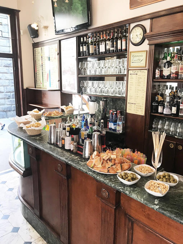 Kilometer Zero www.sarahkayhoffman.com Aperitivo bar setup #travel #italy #glutenfree