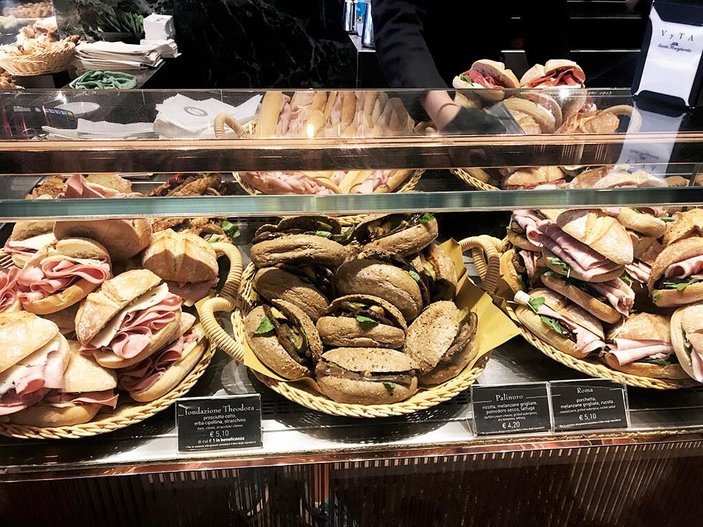Kilometer Zero www.sarahkayhoffman.com Italian sandwiches #travel #italy #glutenfree