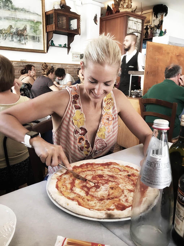 Kilometer Zero www.sarahkayhoffman.com SKH pizza #travel #italy #glutenfree
