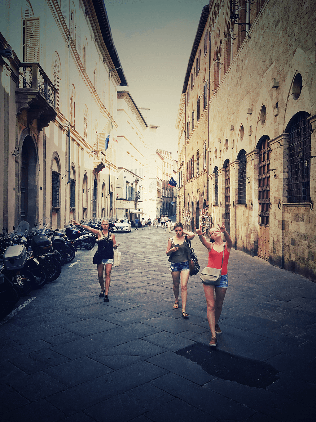 Top 17 Things from Italy www.sarahkayhoffman.com Siena SKH Ceci Camilla #travel #italy #sienaitaly
