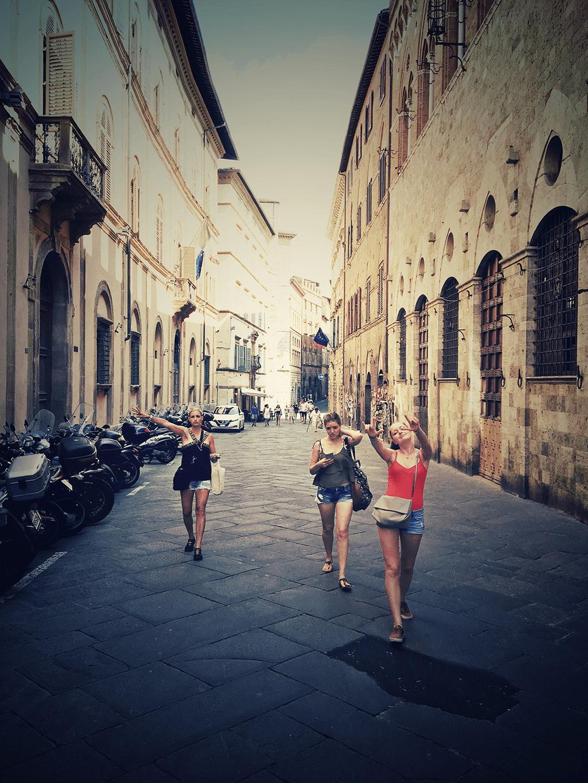 Top 17 Things from Italy www.sarahkayhoffman.com Siena SKH Ceci Camilla #travel #italy #sienaitaly