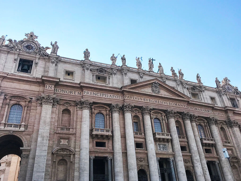 Top 17 Things from Italy www.sarahkayhoffman.com Vatican City #italy #vaticancity #pope #travel