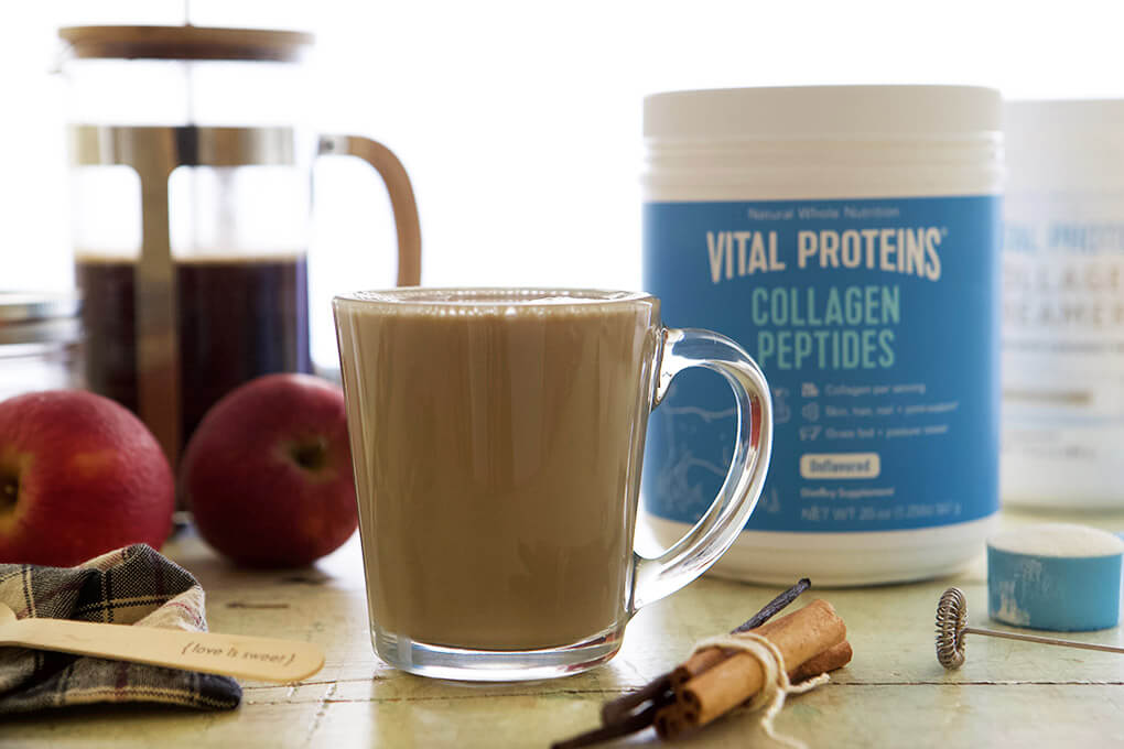 Apple Cider Latte www.sarahkayhoffman.com Vital Proteins #collagen #healthyliving #guthealth #Paleorecipes #latte #healthyrecipes