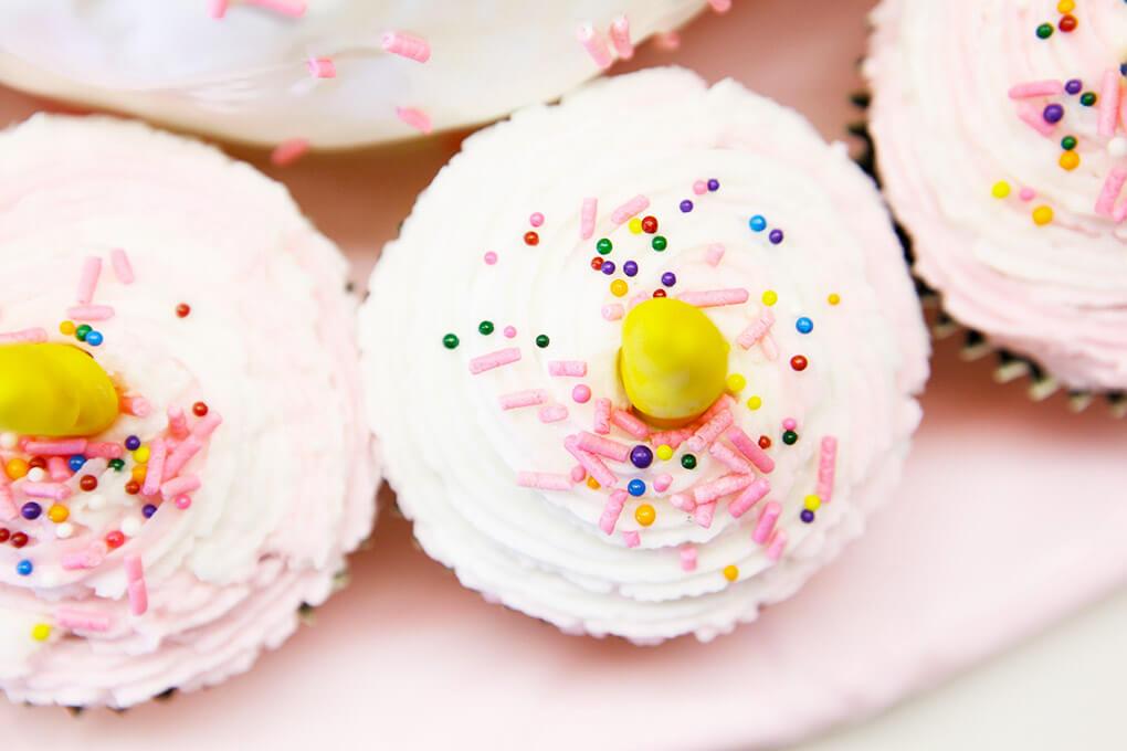 Happy Birthday, Samarah {This is Five} www.sarahkayhoffman.com Unicorn Cupcakes #lifestyleblogger #cupcakes #unicorncupcakes #unicorn