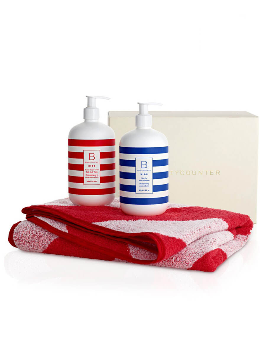 34 Holiday GiftIdeas for Babies and Toddlers www.sarahkayhoffman.com #holidaygift #toddler #gifts #holiday Beautycounter Splash Time Set kids