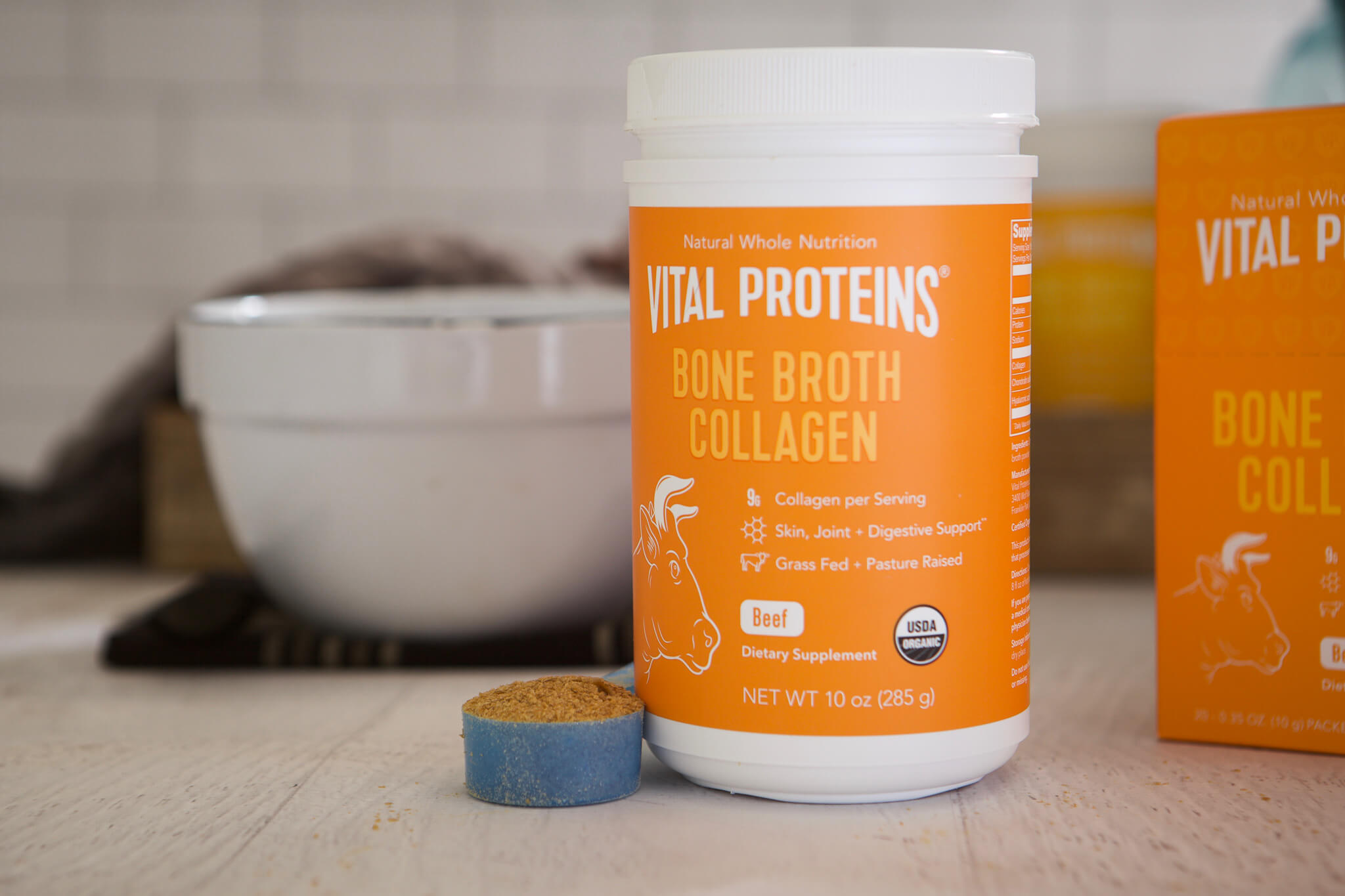 Bone Broth Benefits www.sarahkayhoffman.com #guthealth #bonebroth #guthealing #StayVital Vital Proteins Beef Collagen Bone Broths