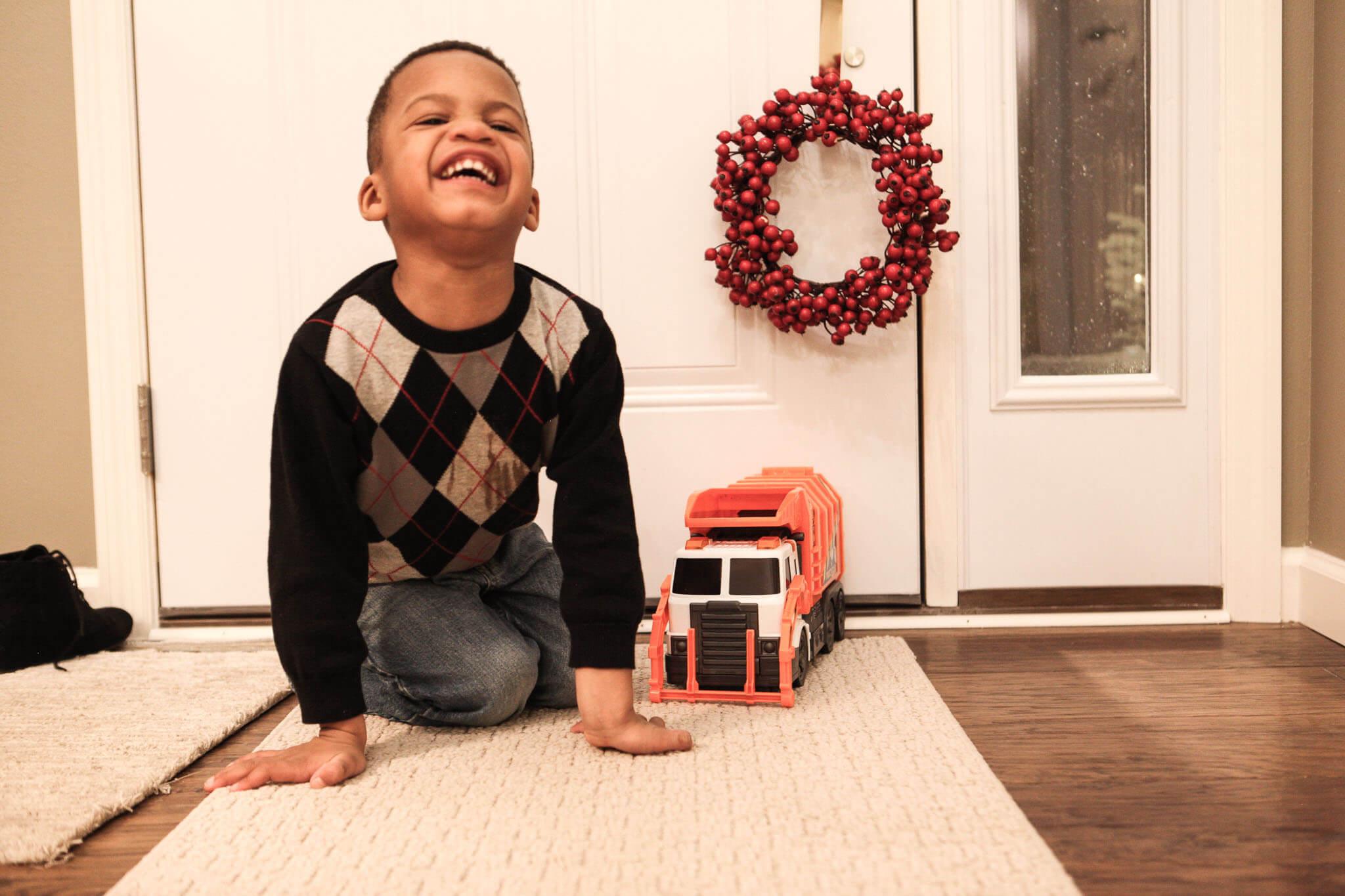 December 2018 Bone Broth Chat www.sarahkayhoffman.com #lifestyleblogger Isaiah truck Christmas #toddler
