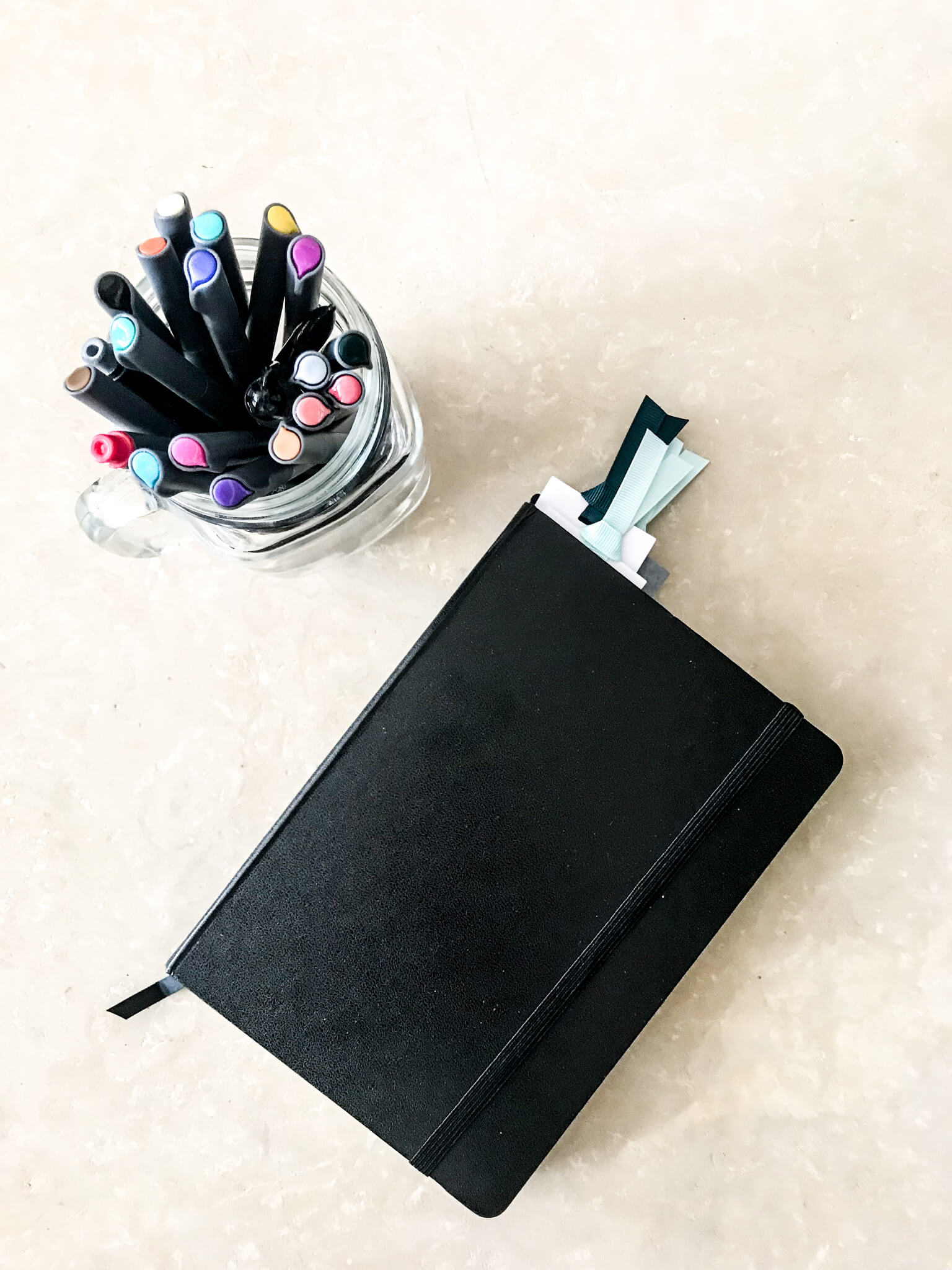2019 Bullet Journal www.sarahkayhoffman.com #bulletjournal #bujo #healthyliving #mompreneur BUJO from Amazon