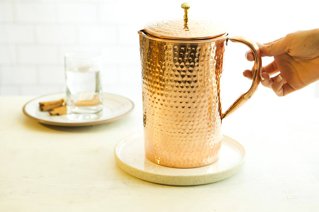 A Gutsy Girl Holiday 2019 Gut Wish List agutsygirl.com #guthealth #holidaygifts #homedecor #kitchen water pitcher Shantiva