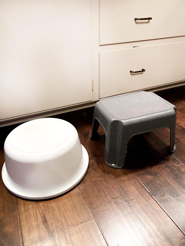 DIY Squatty Potty agutsygirl.com stool bucket #guthealth #squattypotty #agutsygirl