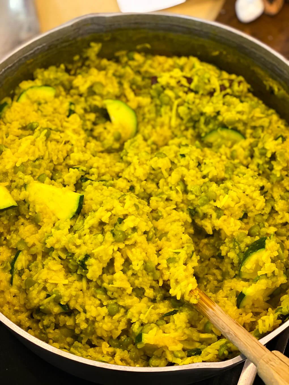 One Pot Kitchari Recipe agutsygirl.com #kitchari #kitcharicleanse #onepotmeals #glutenfreerecipes Ayurvedic